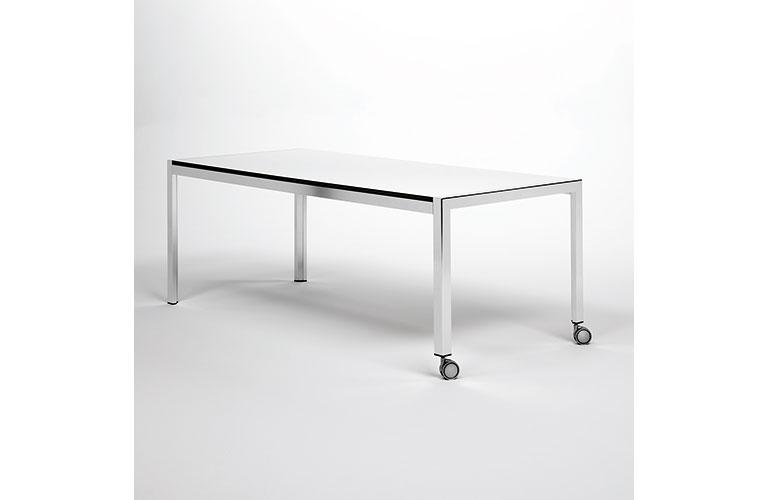 domino-compact-desktop