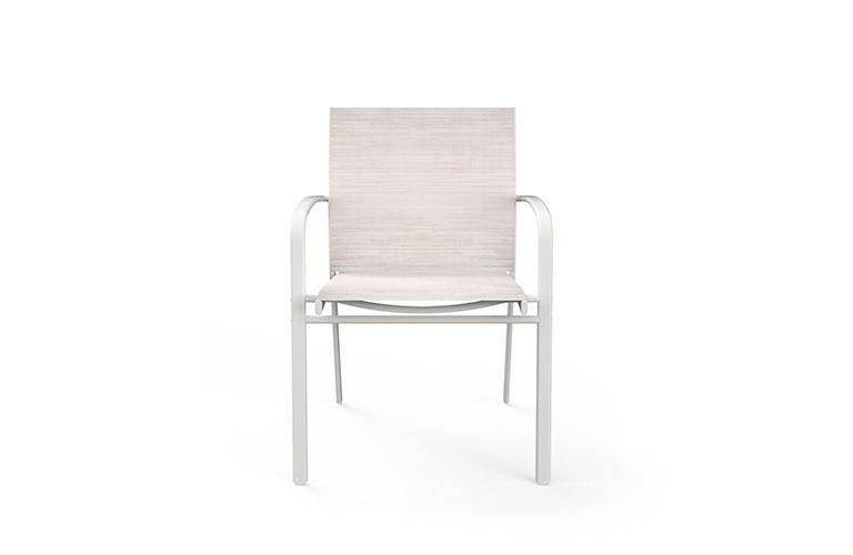 iago-02-white-front-desktop
